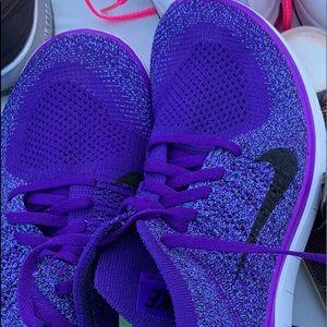Nike Purple fly knit size 10